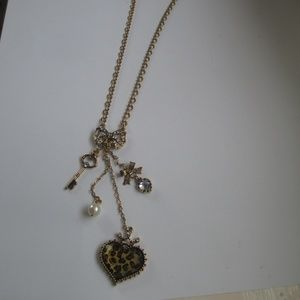 Betsey Johnson LEOPARD  charm necklace heart key